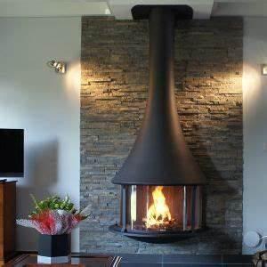Poele A Bois Moderne : exemple cheminee poele moderne ~ Dailycaller-alerts.com Idées de Décoration