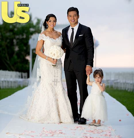 See Mario Lopez, Courtney Mazza And Daughter Gia, 2, Get