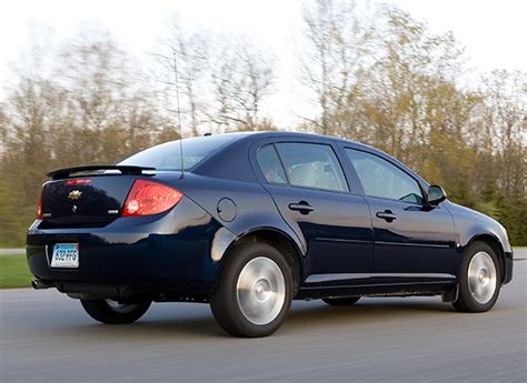 Gm Recalls Air Bags That Don't Deploy When You Have Too