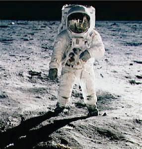 The History Place - Apollo 11