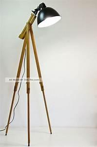 Retro Lampe Holz : tripod stehlampe scheinwerfer stehleuchte dreibein holz stativ lampe retro 60er ~ Indierocktalk.com Haus und Dekorationen