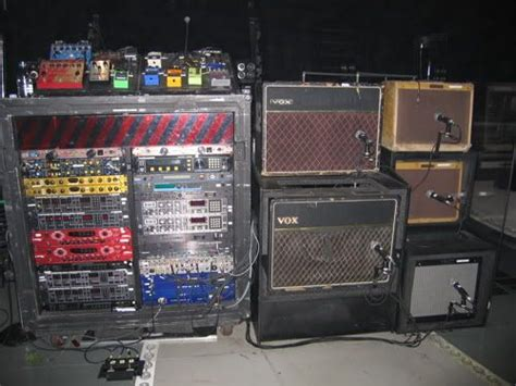 #theedge's Gear On Stage. He Splits His Signal To Two Amps
