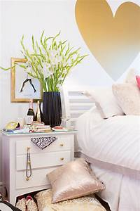 Heart wall decal eclectic bedroom stephanie sterjovski for Cute gold heart wall decals