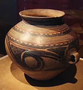File:CMOC Treasures of Ancient China exhibit - painted jar ...