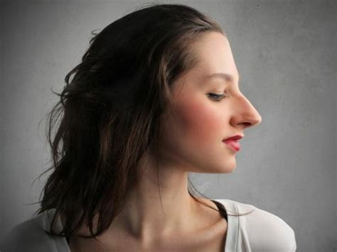 15 ideas of haircuts for long noses