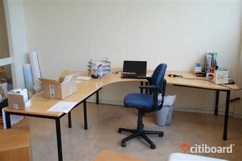 stort skrivbord kinnarps upplands bro citiboard