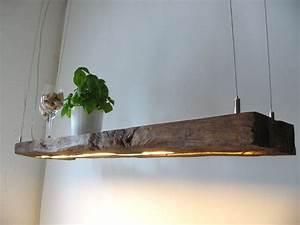 Treibholz Lampe Decke : hanging lamp made from old wood boards h ngelampe aus antiken balken diy lampen holz und ~ Frokenaadalensverden.com Haus und Dekorationen