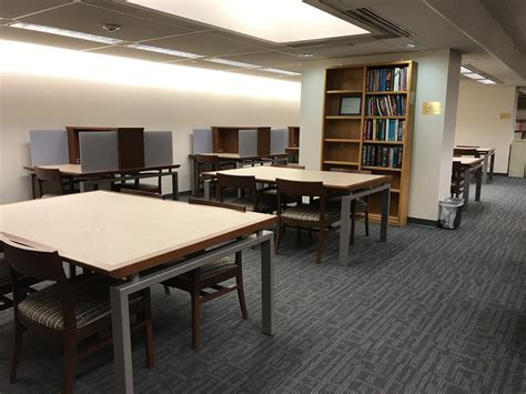 student study space becker medical library shared
