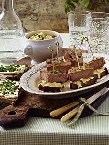 Oktoberfest Rezepte Buffet : leberk se spie e mit eiercreme rezept deutsche tapas pinterest leberk se k se und fingerfood ~ Buech-reservation.com Haus und Dekorationen
