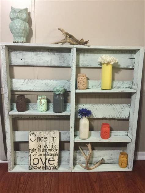 pallet home decor display shelf pallet furniture plans