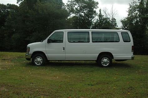 Sell Used 2010 Ford Econo** 15 Pass Xlt **45k** We Sell
