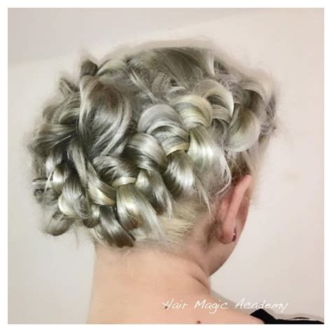 outdo   classmates   amazing prom hairstyles