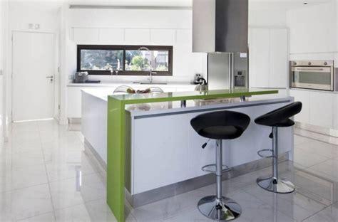 Idée Peinture Cuisine Moderne by Cuisine Moderne En Noir Et Blanc 35 Id 233 Es Magnifiques