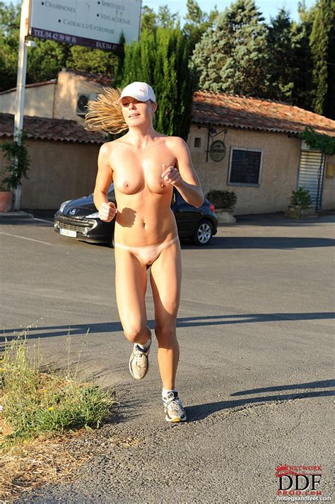Euro Babes Db Girl Jogging Naked