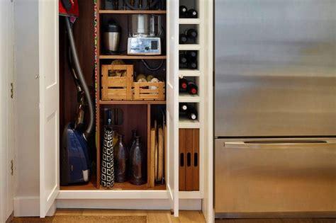 Best 25+ Vacuum Cleaner Storage Ideas On Pinterest