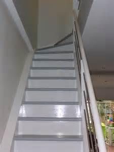 Peindre Un Escalier En Gris Et Blanc by Bricoles Sous Abri Chez Nous Enfin Presque