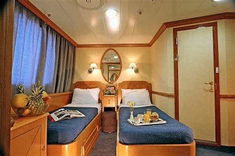 Pictures of cabins on cruise ships