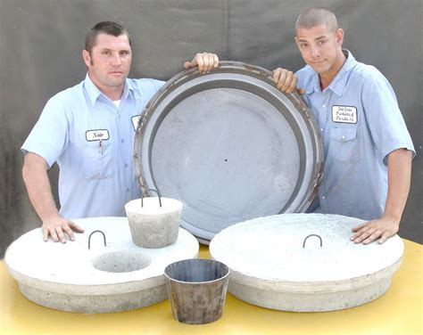 Manhole Lid Form For Septic Tanks   Del Zotto Concrete