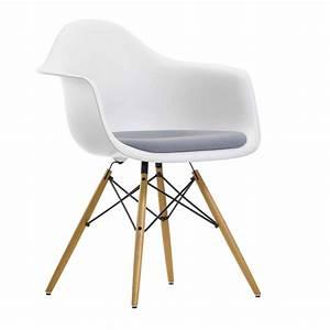 Vitra Eames Armchair : vitra eames daw plastic upholstered armchair buy online ~ A.2002-acura-tl-radio.info Haus und Dekorationen