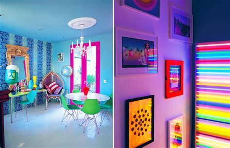 give  room neon  interior designing ideas
