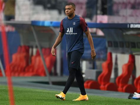 Aug 08, 2021 · kylian mbappe did lay on the winning goal for mauro icardi midway through the first half after achraf hakimi had brilliantly blasted a debut opener from a tight angle, yet the majority of psg's. Fit-again Kylian Mbappe poised to lead the line for PSG ...