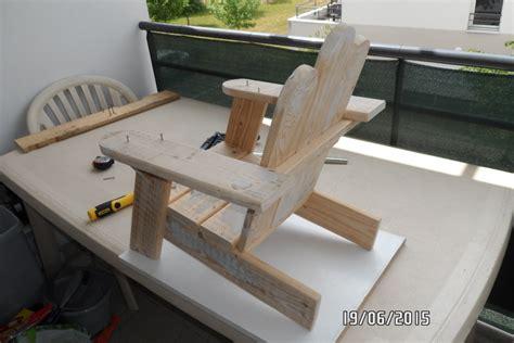 chaise palette première chaise enfant en palette par builtdestroy sur l