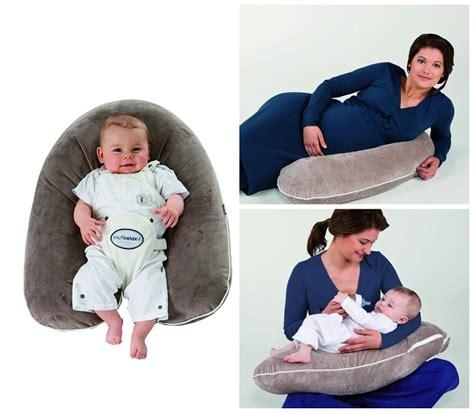 autour de bebe coussin d allaitement 28 images coussin d allaitement la p tite griffe