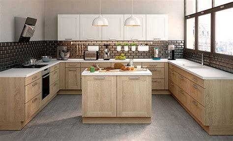 cuisine en bois clair tendance des cuisines aux façades en bois clairs et bois plus foncés