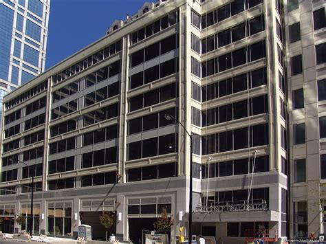 chicago parking garages lowly loop garage to put on its big boy hotel