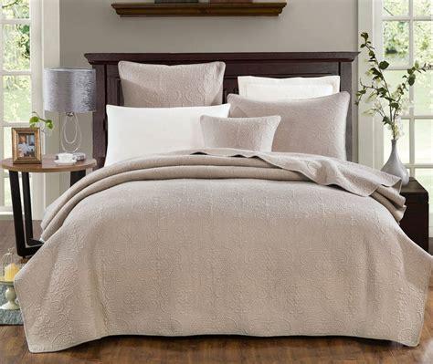 Bed Coverlet by Dada Bedding Neutral Beige Sand Dollar Floral