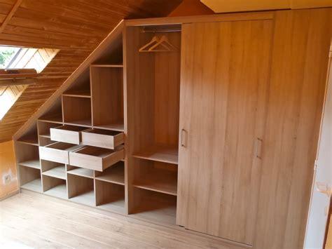 dressing chambre mansard馥 meuble dressing sous toiture mt design