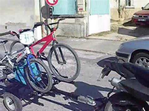 remorque porte vélo pour moto