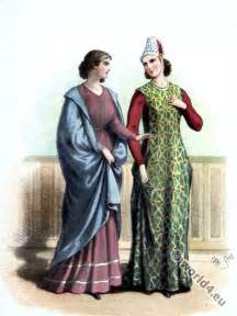 13th Century Medieval Clothing