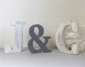 Lettre En Bois A Poser : lettres en bois c j poser gris et blanc grandes lettres poser mariage personnalis ~ Teatrodelosmanantiales.com Idées de Décoration