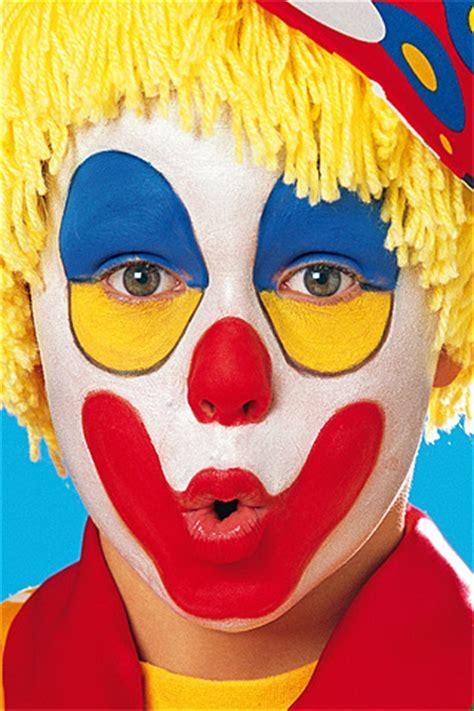 schminken clown vorlage clown schminken step by step anleitung bilder familie de