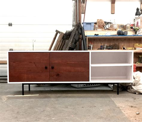 White Modern Media Console Or Entertainment