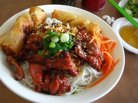 chignon cuisine bun thit nuong vermicelli noodles with grilled pork