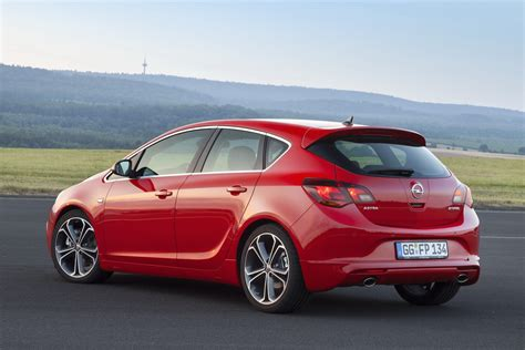 Opel Astra 2013 by Http Www V X4kku C0dho