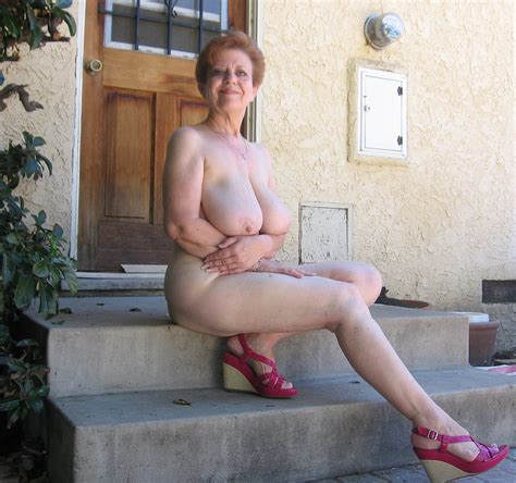 Awesome Exhibitionist Older Lady Sunshine 343  In