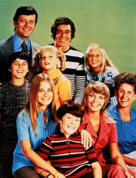 pin  ydia oley   brady bunch pinterest