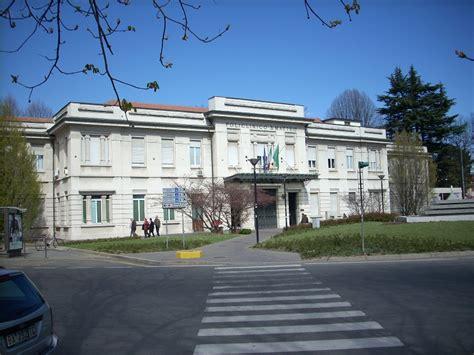 Ospedale Di Pavia Oncologia by Giovane Di Torre Annunziata Investito Da Un Autocarro In