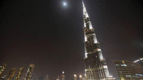 Worlds Tallest Building The Burj Khalifa Dubai Stuff