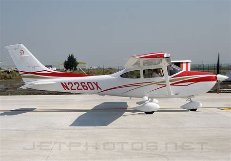 Filecessna T182t Turbo Skylane, Cessna Aircraft Company