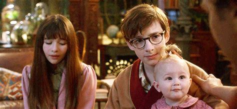 presley smith behind the scenes is sunny a real baby in a series of unfortunate events