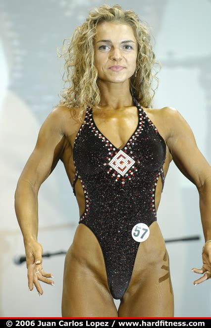 Roxana Krelko - onepiece - 2006 Ironman Pro and NPC Figure