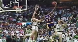 """Quand Magic Johnson inventait le """"Junior sky-hook"""" : un ..."""