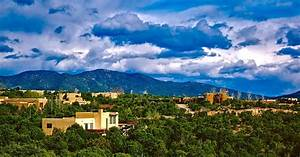 Santa Fe Offers Complimentary Spring Breaks