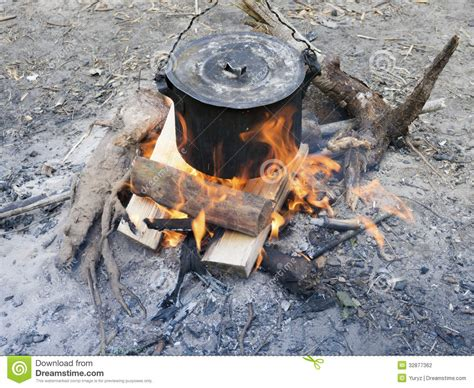 bonfire cooking bonfire cooking stock photography image 32877362
