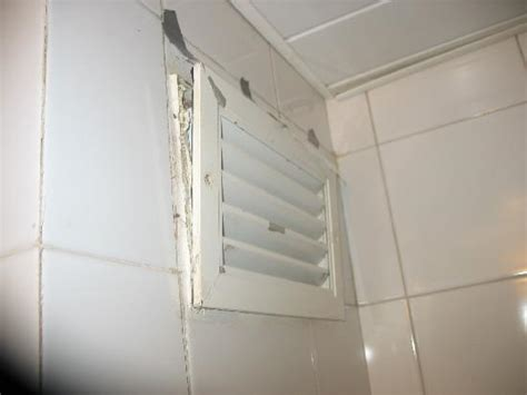 grille aeration chambre le pire hôtel le plus dégueulasse varadero cuba hotel