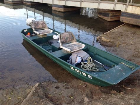 12 Foot Flat Bottom Boat by Fs 12 Foot Flat Bottom Jon Boat With 6 Hp Evinrude The